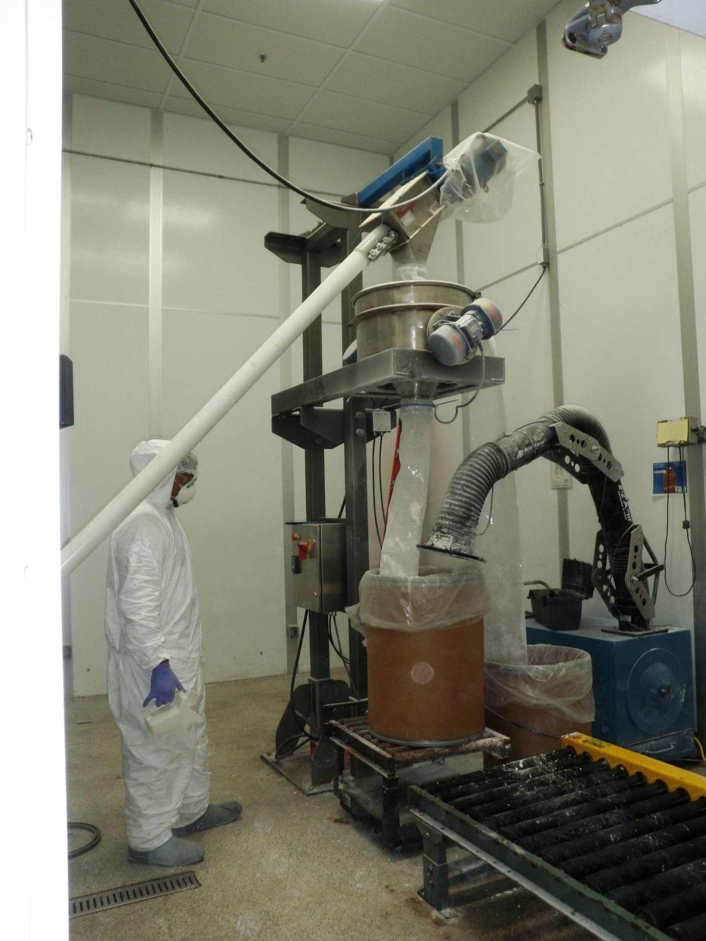 vibratory sieve processing ceramic powder